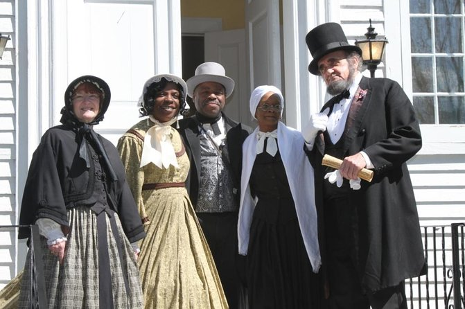 Niagara Falls USA and Underground Railroad Heritage Tour, Cataratas del Niagara, CANADA