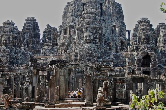 Embark for a two-days private tour to discover and explore the magnificent and enigmatic Angkor Wat temples and Siem Reap area including Kompong Phluk floating village on the TonLe Sap lake.<br><br>Let our English-speaking guide leads to discover fascinating historical facts and anecdote about the ancient temples while you will end your day tour admiring the sunset over Angkor Wat and all surrounding temples.<br><br>On Day two, discover Cambodian's traditional life on TonLe Sap lake by visiting the Kompong Phluk floating village. After lunch, you will head back to Siem Reap's main touristic interest such as the old market, the Angkor museum and a visit to the Artisans d'Angkor where you will be invited to create your own stone carving.