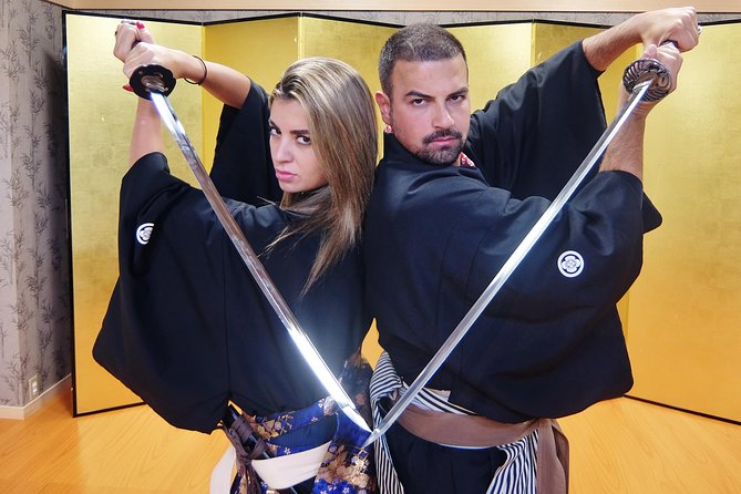 Learn about the etiquette of samurai classes in feudal Japan and practice some basic Kembu, including how to use the Japanese sword. You can choose a 1-hour session for an introduction to the basics, or upgrade for a 1hour30 session to learn choreographed movements with a sword and folding fan. Top off your experience of this traditional Japanese art with a photo session in costume, and take home a certificate of achievement.