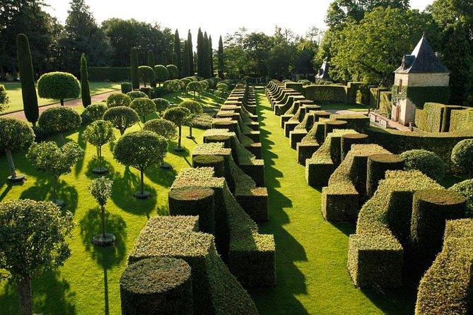 Visita independiente de los jardines de Eyrignac Manor en Salignac, Bergerac, FRANCIA
