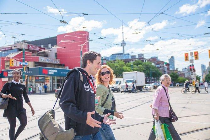 Recorrido a pie para grupos pequeños por el mercado de Kensington y Chinatown de Toronto, Toronto, CANADA