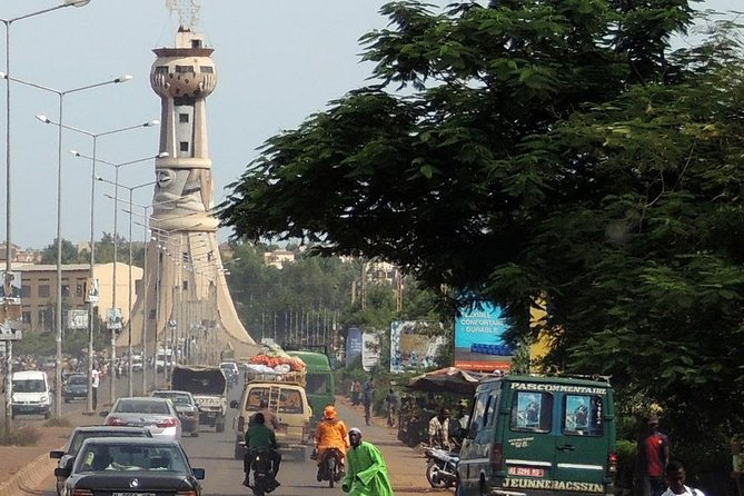 Welcome to Bamako, a bustling African capital. In one day we take you exploring multiple of the aspects of the town, including the national museum and the River Niger. Experience the often hectic traffic, set out on a relaxing river trip and enjoy the late afternoon overlooking the city.