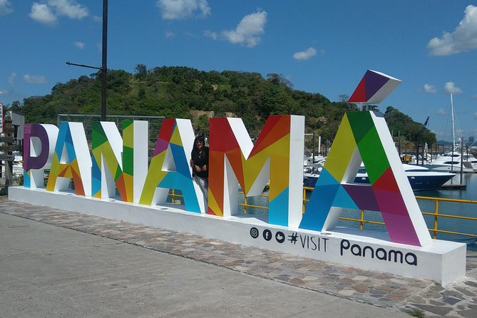 Do not miss the chance to visit the Panama Canal and the best of Panama City, Panama with this private tour starting at the International Airport.
