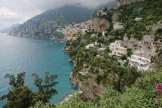Explore the Divine Amalfi Coast, sipping local wine, Sorrento, ITALIA