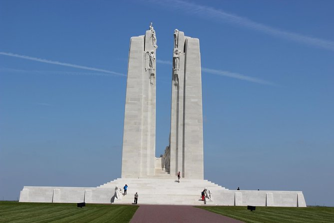 Wepick you up at the train station or at your hotel and we drive you ina comfortable vehicule for a visit to the Vimy Canadian Memorial. We deposit you on the sitewhere you will find english and french speaking guides.We set together the time of return, we pick you up at Vimy and we drop you off at the train station or at your hotel.<br><br>Remember that this is more of a transportation service than a tourist guide service. However Michel and Rahma are native to the region and know perfectly the sites on whichthey take you.<br><br>You are traveling in a VW TiguanCarat or other.