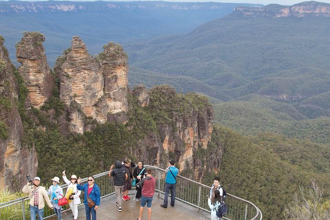 The landscapes of Australia's famous Blue Mountains are Jaw Dropping and rugged, on this full-day full day adventure tour you will enjoy magnificent views of natural wonders like the Three Sisters, Wentworth Falls and then you can ride the Sky View cable car over the Jamison Valley and Katoomba Falls or just simply walk and take on this World Heritage Listed Wonder. <br><br>On our way to the Blue Mountains, we will visit Featherdale Wildlife Park which is home to one of Australia's most comprehensive collections of native wildlife. Have a personal encounter with a Koala and hand feed Kangaroos and Wallabies. Located western Sydney, on our way to the famous Blue Mountains, Featherdale is Sydney's 'hands on' wildlife experience. <br><br>This is a memorable experience, never to be forgotten, imagine feeding and cuddling native animals!