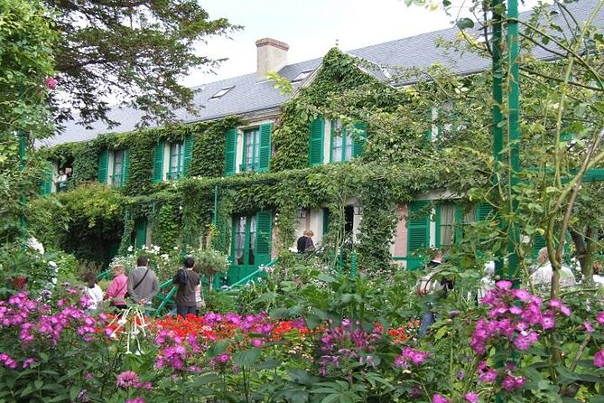Giverny Small group transfer and Skip-the-Line Ticket, Paris, FRANCIA