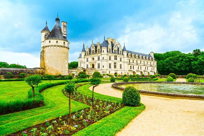 Small-Group Loire Valley Three Top Castles Day Trip with Wine Tasting, Paris, França