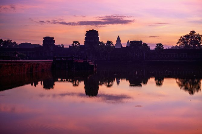 • You will arrive Angkor ground at dawn to get best spot to sit down in sort peace and enjoy to most beautiful Angkor Wat structure view<br>• The temple structure is more majestic than any other time <br>• You enjoy to visit and learn its history more while the weather is cool. In day time is hotter you feel very uncomfortable to visit it because Angkor Wat ground is so big a lot of walking<br>• Not as busy as in day time that most people think early in the morning is very busy<br>• Best Way to avoid crowds and heat.<br>• You will be able to sunrise and sunset and most interesting temples of the Angkor Archaeological Park in One Day.<br>• You will watch the sun go down over the moat of Angkor Thom old city entrance, South gate.<br>