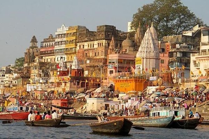 This is a Private Tour, designed for the regular tourist who comes to Varanasi first time and wants to experience to way of life in India with Hinduism and Buddhism. <br><br>Do you believe that one's sins can be absolved by taking a dip in the holy Ganges in Varanasi? Local people believe that Varanasi is the place where liberates your soul from human body to the ultimate. You will see a lot of pilgrims who go to the Ganga Ghats in Varanasi to take a dip in the holy Ganges to absolve them from all sins. Insight Varanasi Day Tour will take you to the Sarnath where Buddha chose to deliver his first sermon.<br><br>It will includes: <br><br>Sarnath Tour [Birth place of Buddhism] 