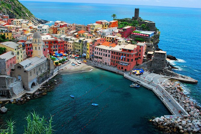 Semi-Private Small-Group (up to 8 people) Cinque Terre and Pisa leaning tower tour in a Black Mercedes Minivan. Only in a small group, it becomes possible to visit the Cinque Terre and experience all the true magic of this enchanted coastline.