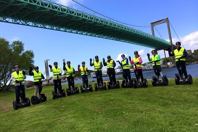 Join a Sunday Harbor Tour with the No1 Segway company in the City.<br><br>Prepare for a 2-hour tour with yourSegway. This is our best deal and most exciting tour. Glide along the river of Götaälv at speeds of up to 12 mph (20 km) per hour over both the bridges. Feel the wind and see places you would not otherwise get to visit. You will safely glide through the bike lanes of the city by the south and north side of the river. The full Segway experience is approximately 90 minutes. . Trained instructors will always be with you to ensure your safety and provide exemplary service.