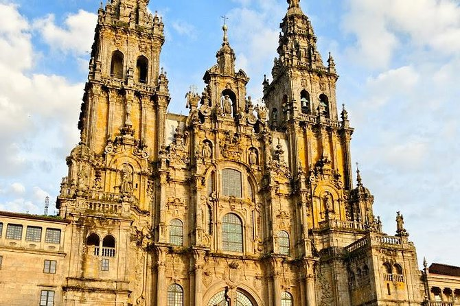 """Santiago de Compostela, is one of the most magical cities in Galicia, Spain. Santiago concentrates in itself, culture, religion, people, academic life and tourism. And, because of its beauty, the city won the title of World Heritage. Its famous pilgrimage way, known as the """"Caminho de Santiago"""" (St. James way) won also the title of World Heritage Site by UNESCO.<br><br>Visit this amazing City, exploring the one of the most important pilgrim sites in Europe. On the return, stop and visit also Valença do Minho which has an amazing fortress in Vauben style.<br><br>Discover these two beautiful cities of southern Europe on a full-day sightseeing tour from Porto."""
