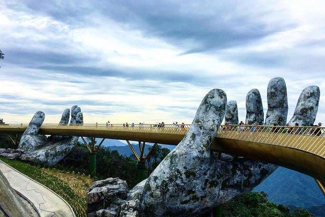 MÁS FOTOS, GOLDEN BRIDGE & BA NA HILL via CABLE CAR from DA NANG or HOI AN (Private Tour)
