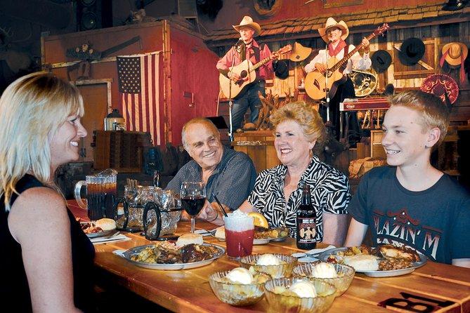 Skip the Line: Chuck Wagon Supper & Western Stage Show at Blazin' M Ranch Ticket, Sedona y Flagstaff, AZ, ESTADOS UNIDOS
