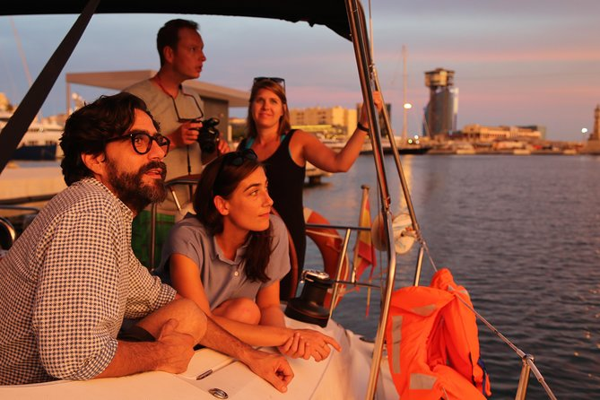 Enjoy the best Sunset Sailing Experience in Barcelona starting from Port Vell (known as the Old Harbour). This tour is great for couples, friends and photography fans. Watch the skyline of Barcelona as the sun goes down in this 2 hour tour.