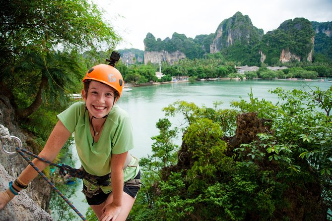 Intermediate-Advanced Half Day Private Rock Climbing Trip at Railay Beach, Krabi, TAILANDIA