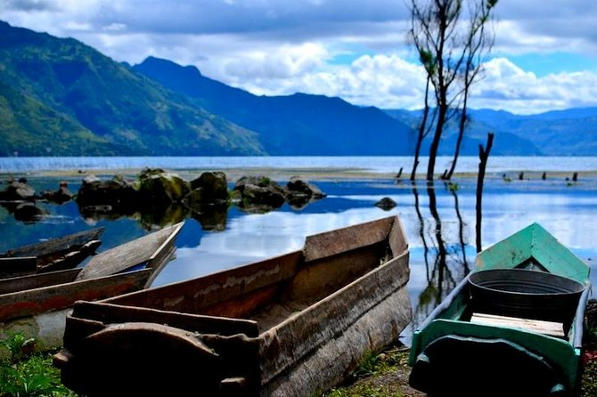 This is an easy bike ride which is very scenic and perfect for families, beginners, and intermediate riders.  It includes boat rides to see Lake Atitlan from all perspectives.  Ride through unique Mayan villages and countryside, visit weaving cooperatives, coffee plantations, art galleries, or just enjoy the nature.