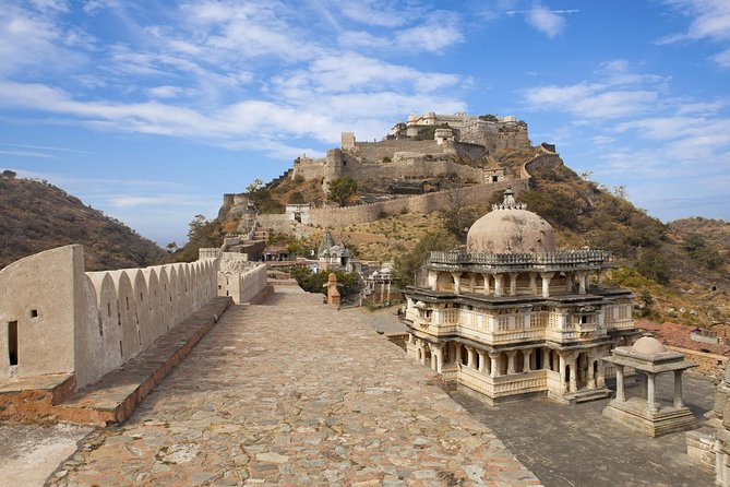 Leave Jodhpur behind and head to the gorgeous city of Udaipur on this full-day excursion.Visit some of the most popular attractions including the Jain Temple in Ranakpur and Kumbhalgarh Fort, a UNESCO World Heritage site. Learn about the history of the temple and the fort and enjoy great views. And then get dropped off at your hotel in Udaipur.