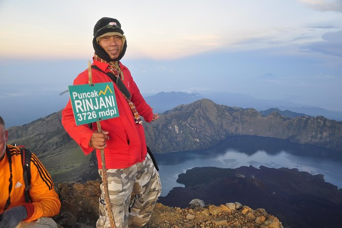 This multi-day tour is designed for avid trekkers who would like to explore Mt. Rinjani's summit and lake over 3 days.