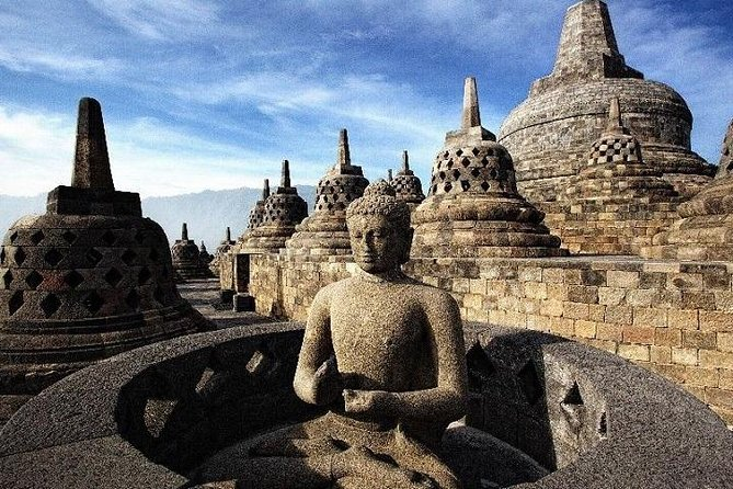 Enjoy a 4-day classic private guided experience in Yogyakarta with airport pickup, accommodation, and breakfast. Amazing temples, a local vibe that so depicts Yogyakarta with plenty of time to explore the city on your own, these 4 well-balanced days will show you why one of Java's most popular destinations is just worth spending more than just a single day. Visit the Prambanan Temple, the natural phenomenon at Borobudur, Pawon and Mendut Temple, Candirejo Village, Sultan Palace or Keraton, Kerato, Tamansari, and explore Kotagede by 'Becak or by bicycle.