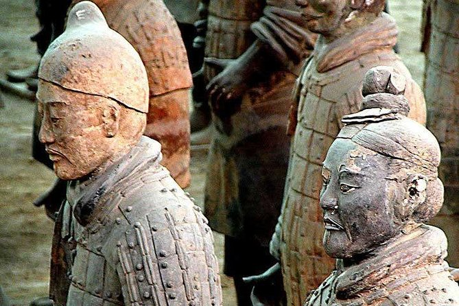 Xi'an Private Tour: Terracotta Warriors, City Wall, and Giant Wild Goose Pagoda, Sian, CHINA