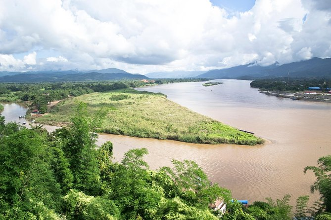 The Golden Triangle's interest may have changed, as visitors now want to explore the convergence of three countries along the Mekong. Combined with Chiang Saen's historical charm and hill tribe settlements, a beautiful half day touring is guaranteed.