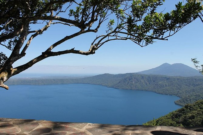 This package is perfect for anybody who wants to enjoy a relaxed atmosphere surrounded by amazing views, nestle in the heart of a volcanic lagoon. Laguna de Apoyo is a mystical place where time does not exist, the beautiful blue waters. If you are arriving to Nicaragua via Cruise ship, we can work within your allotted port time window.