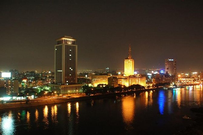 Enjoy this unique private night tour which will introduce you to nighttime Cairo, totally different to Cairo by day.