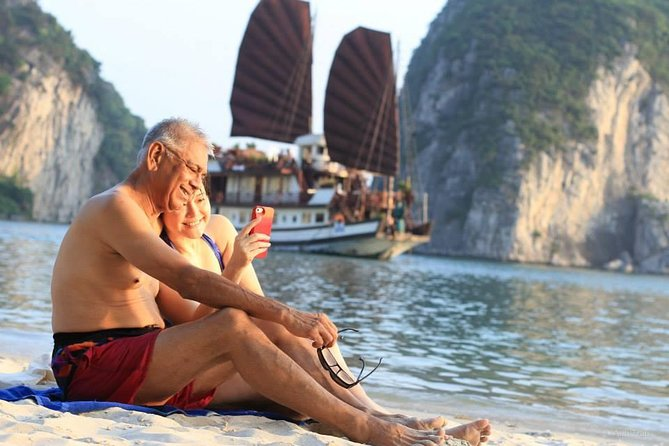 2-Day Spectacular Halong Bay Cruise from Hanoi, Halong Bay, VIETNAM