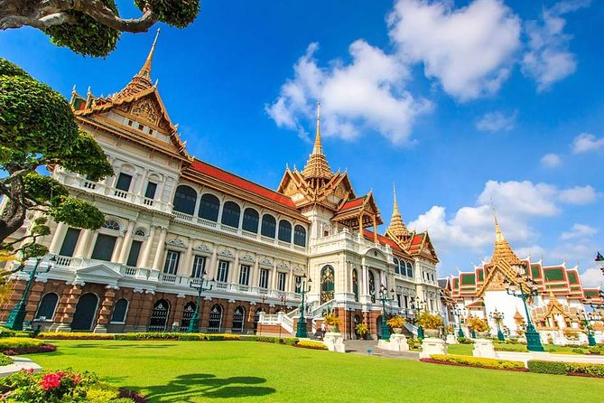 Take a personalized tour in and around Bangkok for a unique look at Thai culture and lifestyles. Your personal guide works with you to tailor a full-day itinerary to the city's top attractions, such as the Grand Palace and Floating Market. Explore distinct neighborhoods, browse the shops, and see key sights all in one day.