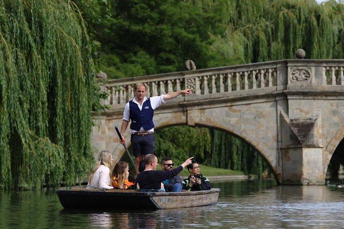 Enjoy a 45 minute shared punting tour of Cambridge, this is a must do when visiting the city. See the sublime architecture and pristine gardens of one of the most beautiful stretches of river in the United Kingdom.