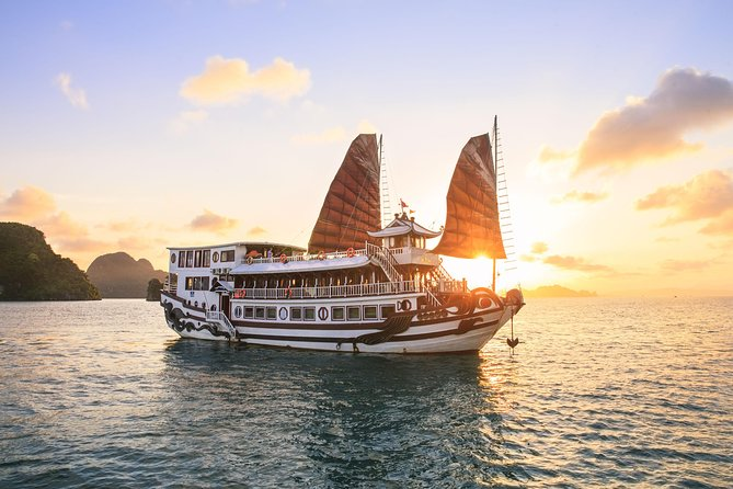 Halong Royal Place Cuise 3 days, Halong Bay, VIETNAM