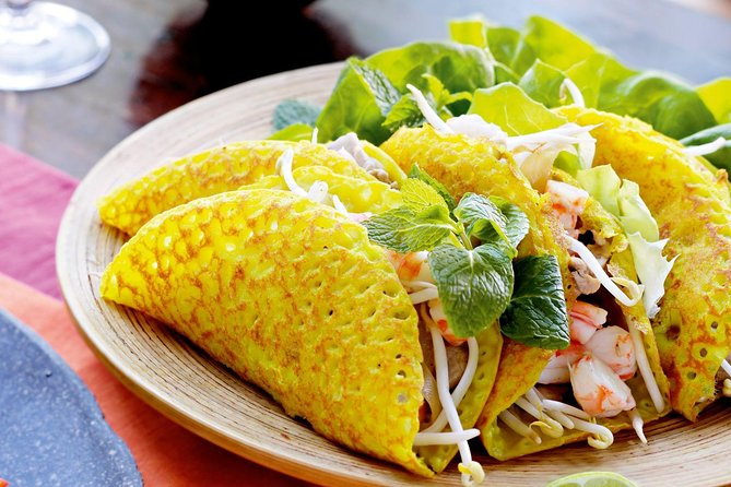 Private Tour: Experiencing Hue's Street Food by Cyclo, Hue, VIETNAM