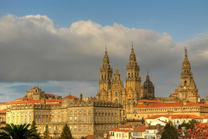 Enjoy this 8 hour private tour of Santiago de Compostela from A Coruña. You will be picked up from either your hotel or from the cruise port. The tour includes a chauffer in a luxury vehicle and a separate English speaking tour guide. Your tour may be personalized to accompany your exact requirements. <br><br>Tour guide will meet you at Santiago de Compostela for 3.5 hours.