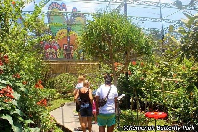 Package Private Tour we offer to you <br>Kemenuh Butterfly Park, Tegenungan Waterfall, Lunch, Monkey Forest. Never missed the beauty of Bali nature has offer. Our friendly Bali Tour Driver always give the best service during the tour with ride the private car.<br>Visiting coffee, chocolate and spice plantations and while drinking coffee and ginger tea, while enjoying a natural village atmosphere, it's free<br>If there is a place that you do not want to visit, immediately talk with the driver to continue the next trip. the satisfaction and comfort of your trip is our goal<br>Our professional tour driver service with a typical Balinese smile. Make this tour package your choice. You will get an unforgettable personal experience. BOOK NOW<br>