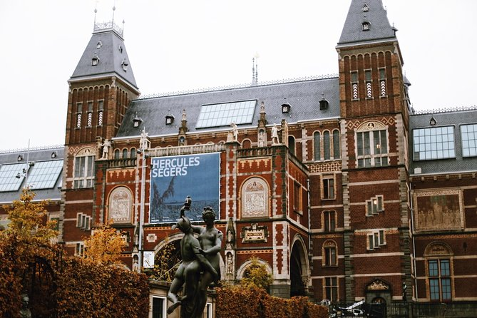Take our most popular private tour of Amsterdam's best museums. Perfect for an introduction to Van Gogh and the artists of the Dutch Golden Age, this tour will take you on an artistic and historical journey through the 18th and 19th centuries. The 5 to 5.5-hour private guided museum combo tour includes entry to both museums so you can skip the line and learn about the museums' collections with one of our engaging expert guides, whom you'll have all to yourself.