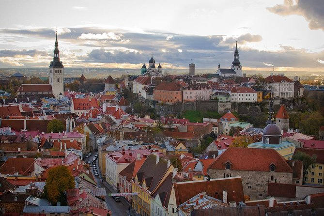 Discover both medieval and modern Tallinn on this 3-hour, private tour. By foot and air-conditioned vehicle, explore the city's neighborhoods, from Kadriog with its historic palace, to seaside Pirita, and the medieval Old Town. Enjoy a convenient pickup from your hotel or cruise port and easily customize your tour to suit your own interests. This tour includes a private pick up, transport by private vehicle for 1hour and than 2hours walking tour in the old town and castle, if you wish to have a car for the entire tour, please book our 2hour Tallinn tour with transport.<br>