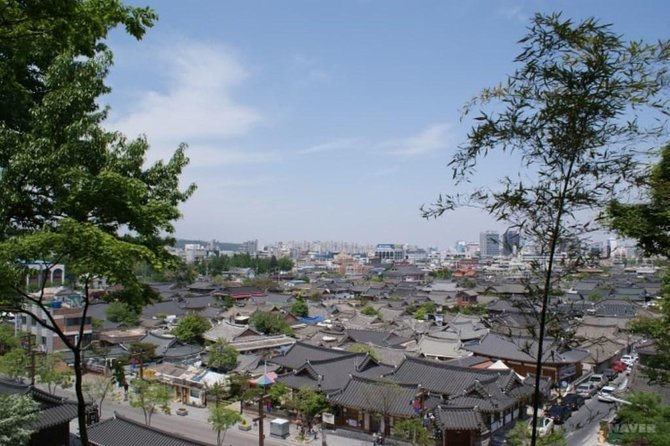 Take in the highlights of Jeonju on a private 2-day tour that includes one night of accommodation. Visit Deokjin Park, Hanok Village, Nambu Traditional Market, Geumsansa Temple, and Mt. Naejang. You'll also sample classic Korean foods and have time to browse the shops. Includes guide, hotel, breakfast, entrance fees, and private transportation.