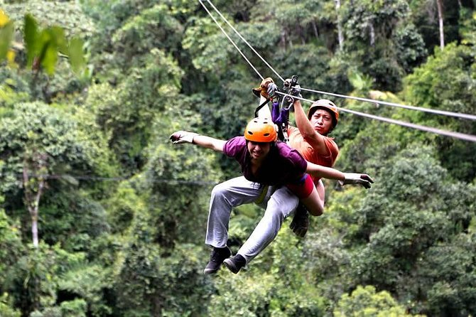 Mindo Canopy is the longest running and original zip lining in Ecuador ran by highly skilled technicians. The Canopy is an adventure sport of a series of cables that allow you to fly through the sky and over the lush forests from one point to another.The tencables range from 20m to 400m in length. All 10 cables are included with yourticket.
