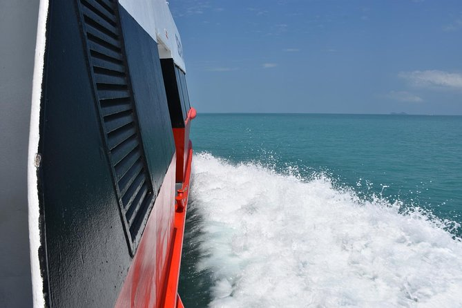Koh Tao to Surat Thani Town by Seatran Discovery Ferry and Minivan, Ko Tao, TAILANDIA