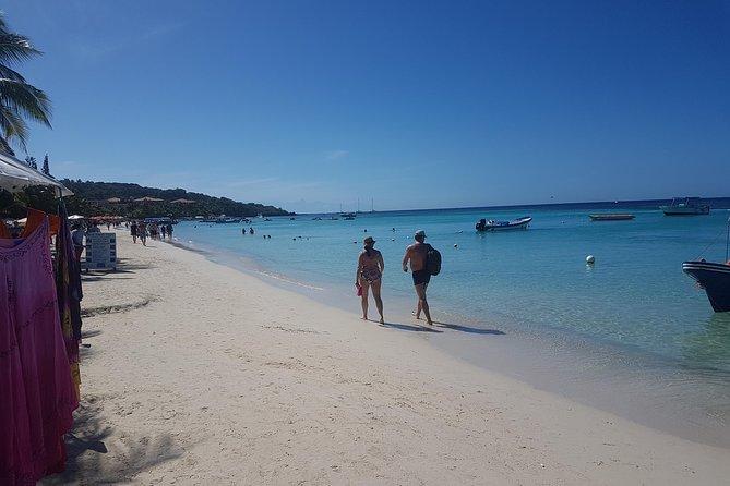 Pase de un día para el resort privado de Bananarama Beach en Roatán, Roatan, HONDURAS