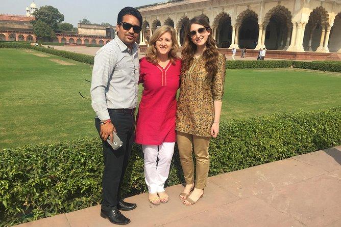 Excursión privada de un día al Taj Mahal en el tren expreso con almuerzo. Todo incluido, Nueva Delhi, INDIA