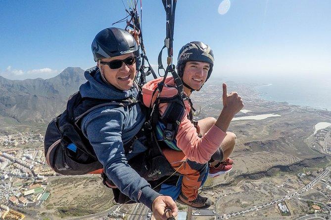 MÁS FOTOS, Vuelo estándar en parapente en tándem sobre Adeje, Tenerife sur