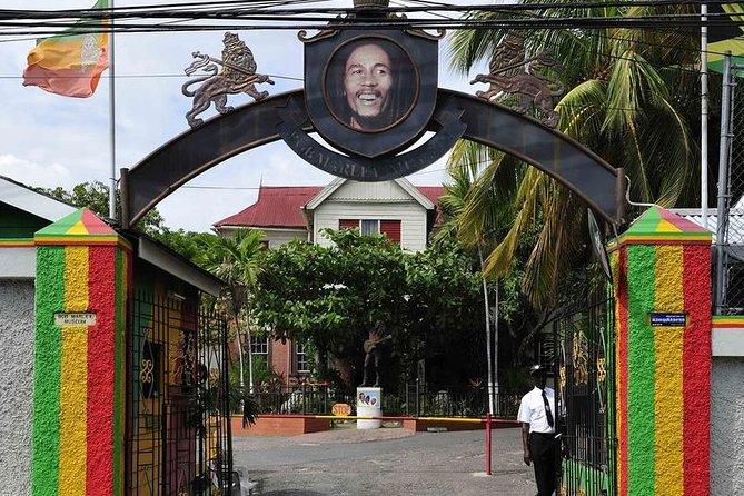 MAIS FOTOS, Jamaican Music History Tour of Kingston