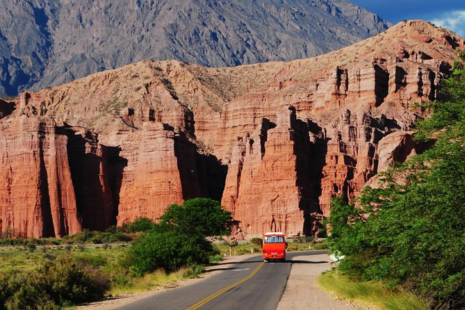This day-trip to Cafayate offers you one of the most beautiful landscapes in South America. You will be able to see formations in the mountains like The Castles, The Amphitheater, The Devil's Throat and more. In the town of Cafayate you will have a wine tasting and time to walk around the beautiful town.