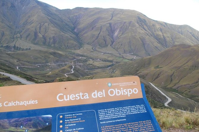 Immerse yourself in the Cachi and Calcahaqui valleys during this tour of dramatic gorges, high altitude flora and fauna, Incan history, tranquil towns, churches and museums. Hotel pickup and drop-off, bilingual guide, transportation, all fees and snacks are included. <br>