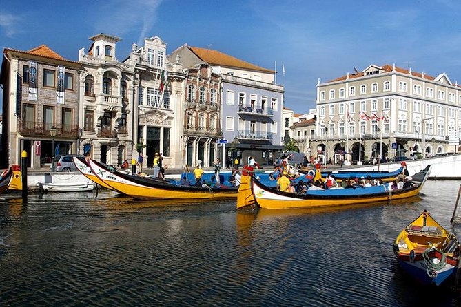 "Romantic and historic, this will be a fascinating tour where we will visit the city of Aveiro, which is considered the ""Venice of Portugal"" as well as the city attractive seaside Ílhavo.<br><br>Aveiro historic center<br><br>Aveiro Sat Marshes<br><br>Moliceiro cruise boat (gondola)<br><br>Stork Nests<br><br>Fish market<br><br>Saint Jacinto Dunes<br><br>Da Barra Light House<br><br>New Coast"