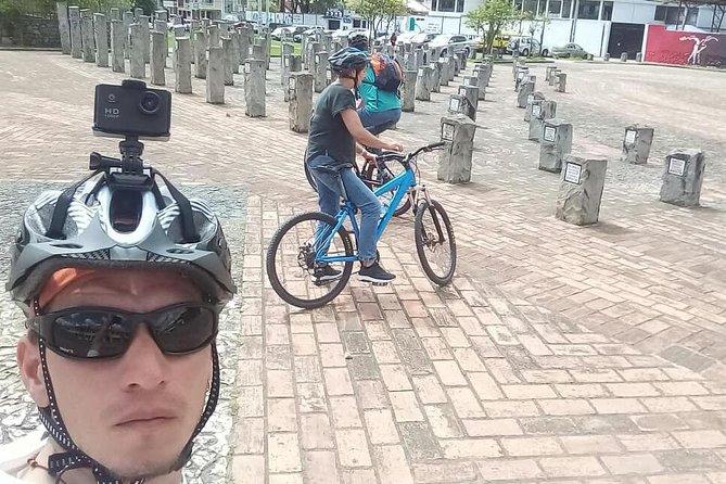 MÁS FOTOS, Recorrido en bicicleta y a pie por Cueca