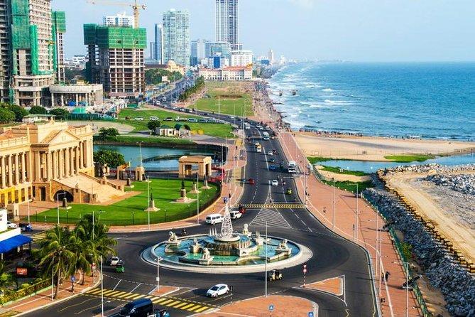 Private Arrival Transfer: Colombo Airport (CMB) to Colombo City, Negombo, SRI LANKA